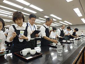 「日本茶AWARD2014」審査会で入賞茶決まる 消費者に支持されるお茶を
