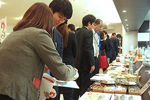 ラルズ、展示商談会を開催 青函圏94社が特産品売り込み