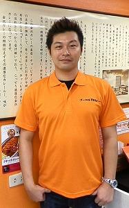 念願の「金沢カレー」タイ1号店をオープンさせた後藤俊行さん=バンコク・スクンビット地区で小堀晋一が10月14日写す