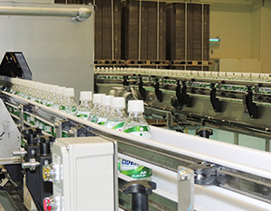 アサヒ飲料製品の生産も開始された