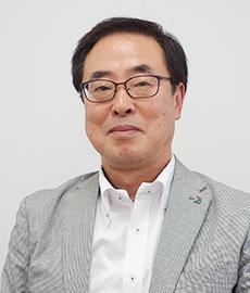 専務取締役 営業本部長 横山亮氏