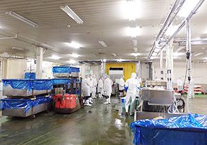 カネカ食品のレトルト工場を視察