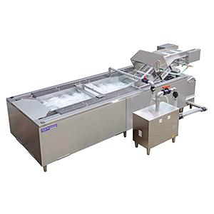 洗浄物に負荷をかけずに抜群の洗浄力を発揮するアクアウォッシュ(写真はTWS-1100)
