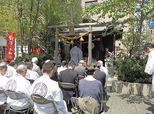 茶ノ木神社での神事
