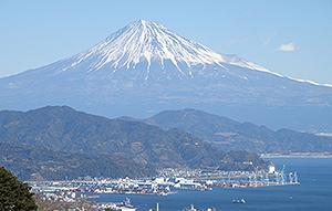 静岡市の日本平から見た富士山