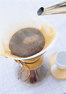 コーヒーに対する興味や知識の高まりが追い風になっている