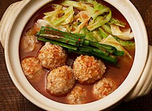 キャベツと肉団子のキムチ鍋