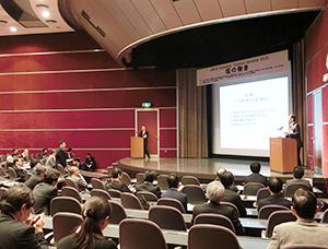 生命を支える塩の働きについて講演する菱田明浜松医科大学名誉教授