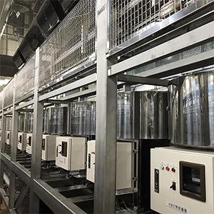 白岡工場の1釜かまど焚き炊飯システム