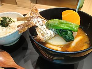 「おだし東京」の「真鯛のお椀」、だし素材は10種以上に及んだが、末広がり「8種」でメニュー化