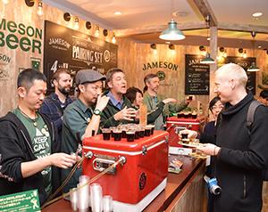 「ジェムソン」のたるで熟成させた国産クラフトビールを提供