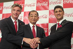 吉松民雄代表取締役(中央)が新たなかじを切る