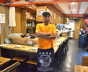 しあわせ食堂「福いち」のオーナー石原昭一さん=バンコク・オンヌットで。小堀が3月13日写す