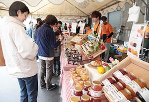 寿高原食品が初めて開き大盛況だった「コトブキジャム祭り」