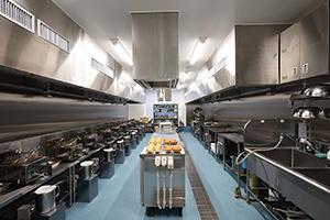 フライ、製菓製パン、チョコレートなど多彩な市場向けの実験室を備える(写真はフライ実験室)