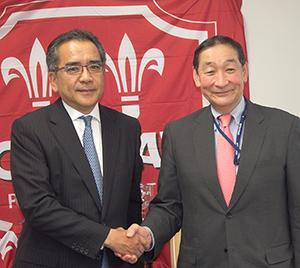 「ACT2020」の達成に向け、手を組む萩原伸一副社長(次期社長)(右)と藤吉泰晴社長(次期会長)