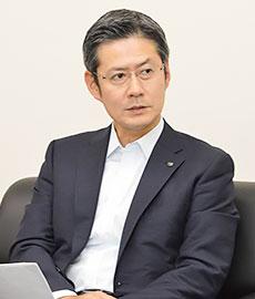 國分晃代表取締役社長執行役員 (東京都卸売酒販組合理事長)