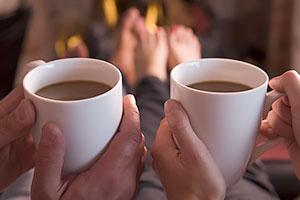 コーヒーは、やすらぎやくつろぎに加え、円滑なコミュニケーションに寄与する存在として定着が進む