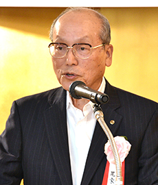 尾家亮選考委員長(日本外食品流通協会会長)