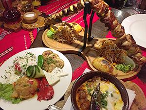 一般的なブルガリア料理の一例