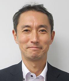佐伯竜一マーケティング本部製品開発部飲料開発チームチームマネージャー