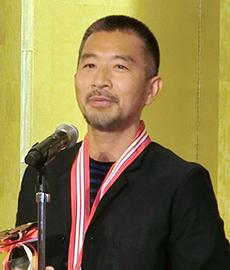 個人の部で優勝した羽矢治郎さん