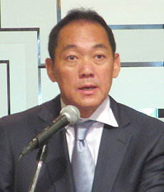片岡謙治会長