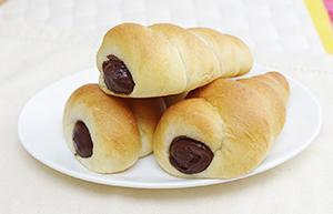 ヒット商品の「低糖質チョココロネ」