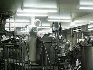 大阪工場の内部