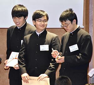 市川高校がグランプリを受賞
