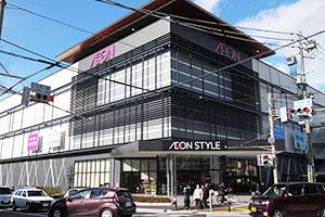 17年9月にオープンした長野県内最大の大型商業施設「イオンモール松本」(松本市)