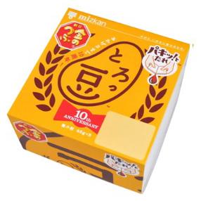 「金のつぶ とろっ豆」10周年記念パッケージ例