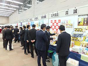 毛細血管のごとく、市場の隅々にまで商品を届ける地域卸の役割は重い