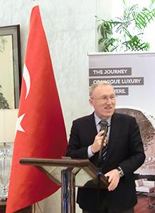 128年の友情の歴史関係をさらに促進させたいとハサン・ムラット・メルジャン駐日トルコ共和国特命全権大使