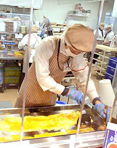 ヤオコーオリジナル鉄板巻き上げは店内製造