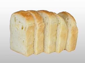 自宅でのリベイクを想定する「焼きブレッド」。バター不要で濃厚なおいしさを楽しめる