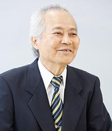 遠藤勉 代表取締役会長兼社長