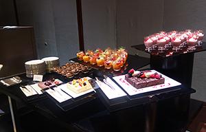 ホテルバンケット向けのケーキ類は依然、拡大基調だ