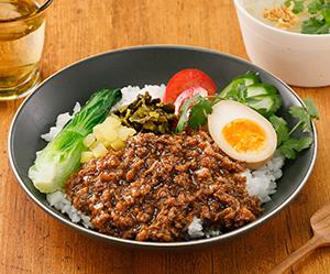 「魯肉飯の素」調理例