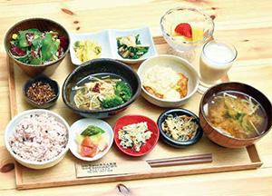 アスリート定食 1,500円(税込み)