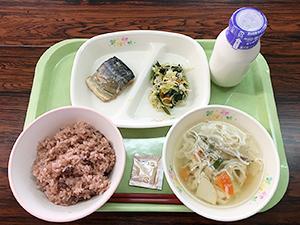 奈良県桜井市の給食で提供される「にゅう麺汁」
