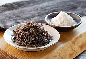 斬新な製法で新たな塩ふき昆布「細切り昆布」を商品化