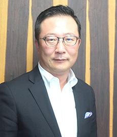 臼田真一朗社長