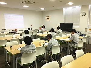 「農業経営の開始に向けて」などをテーマに行われた講義