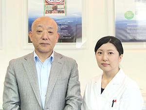 吉澤一幸 常務取締役所長(左)森下美香 主事(右)