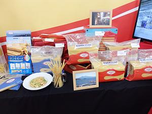 新商品「ティラスーゴ」を中心にフェラーラ社のパスタを紹介した
