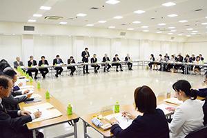 日本産酒類の輸出促進に向けた活発な意見交換が行われた会議