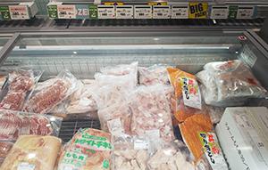 原信ネットスーパー「PRO」が河渡店でスタート。店頭にも業務用を意識した大袋商品を品揃えしている