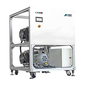 アネスト岩田が開発した「高圧力オイルフリー真空ポンプ」は、オイル補充・交換不要な静音タイプ