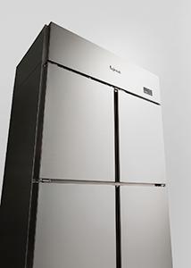 機能と美しさの両面が高く評価され2018年度グッドデザイン・ベスト100に選ばれた業務用冷凍冷蔵庫
